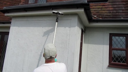 soffits and gutters being washed2